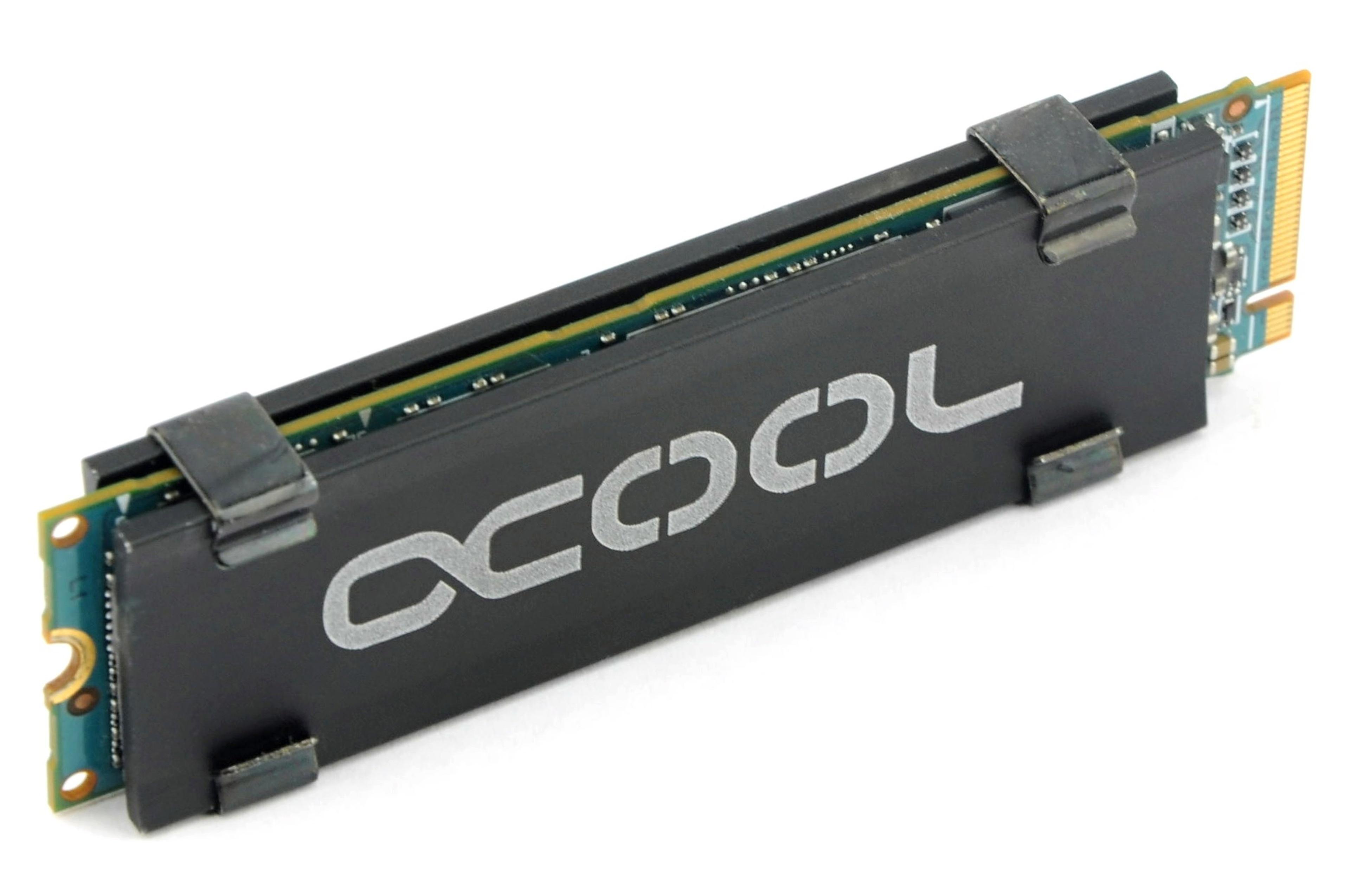 Duel of SSD coolers: Alphacool HDX M 2 vs  EKWB EK-M 2