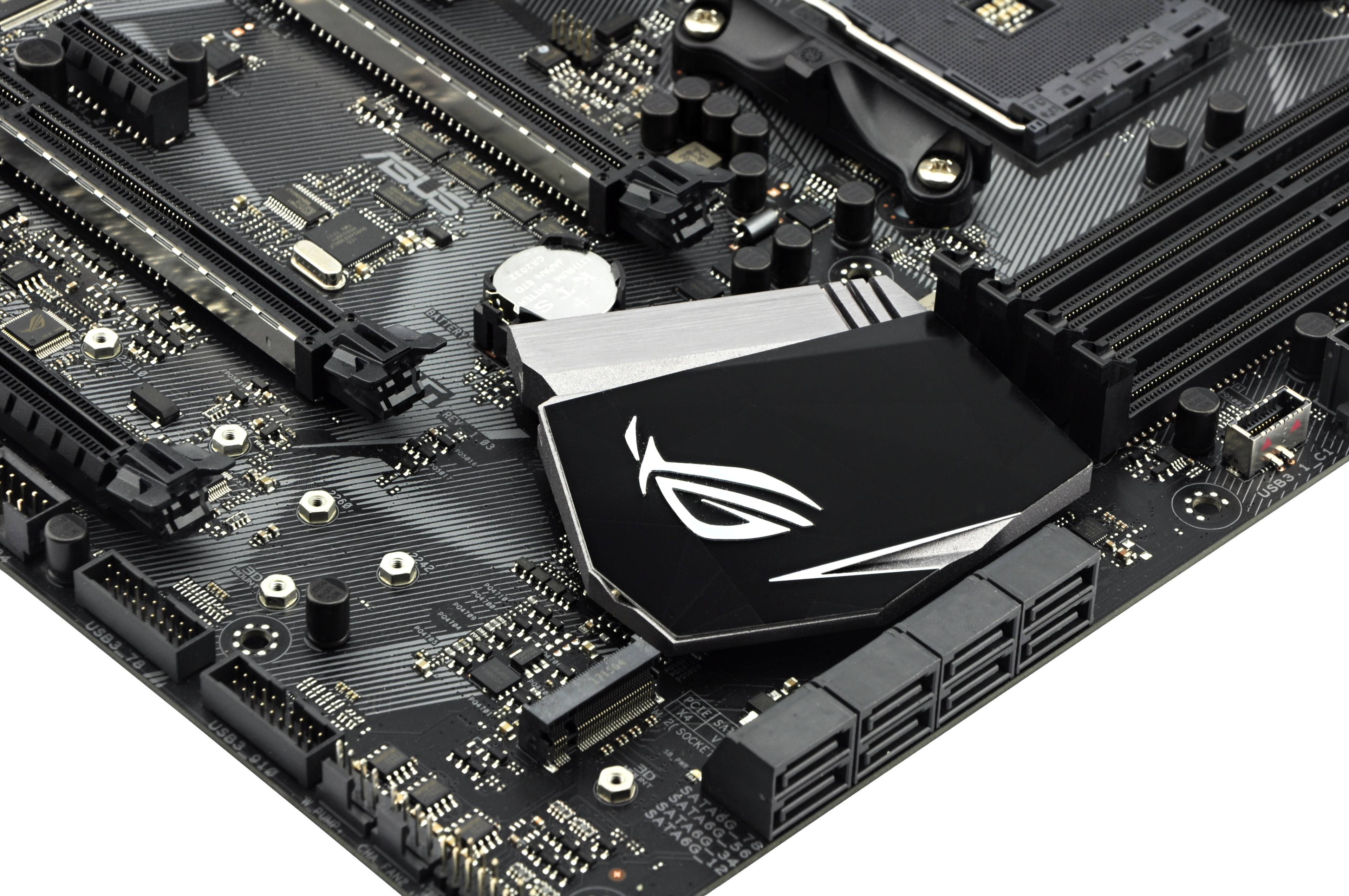 Which X370 For 175 Eur Asus Rog Strix Or Gigabyte Gaming 5 Ga Ax370 There Are Seven 4 Pin Connectors After The Z270e It Seems That Has Decided Is Better To Have More With Standard Specifications
